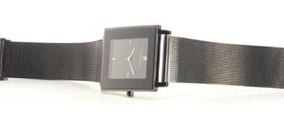 Essai de la montre Pierre Lannier Pure Extra plate 254B439