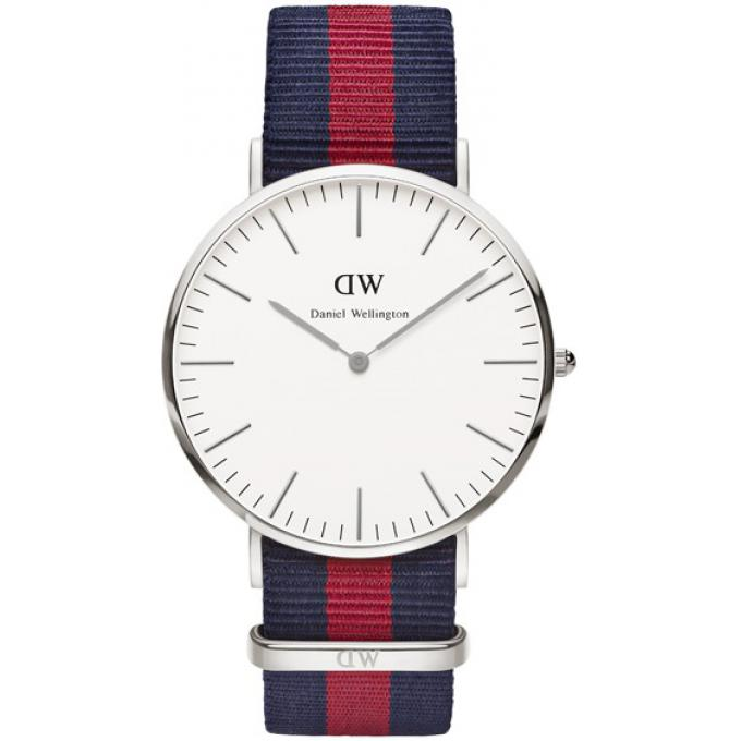 montre daniel wellington dw00100015 montre tissu nato navy rouge bleue homme sur bijourama. Black Bedroom Furniture Sets. Home Design Ideas