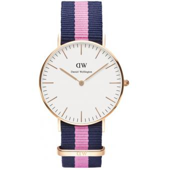 Montre Daniel Wellington DW00100033 - Montre Tissu Nato Navy Bleue Rose Mixte