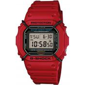 Montre Casio  Rectangulaire rouge DW-5600P-4ER