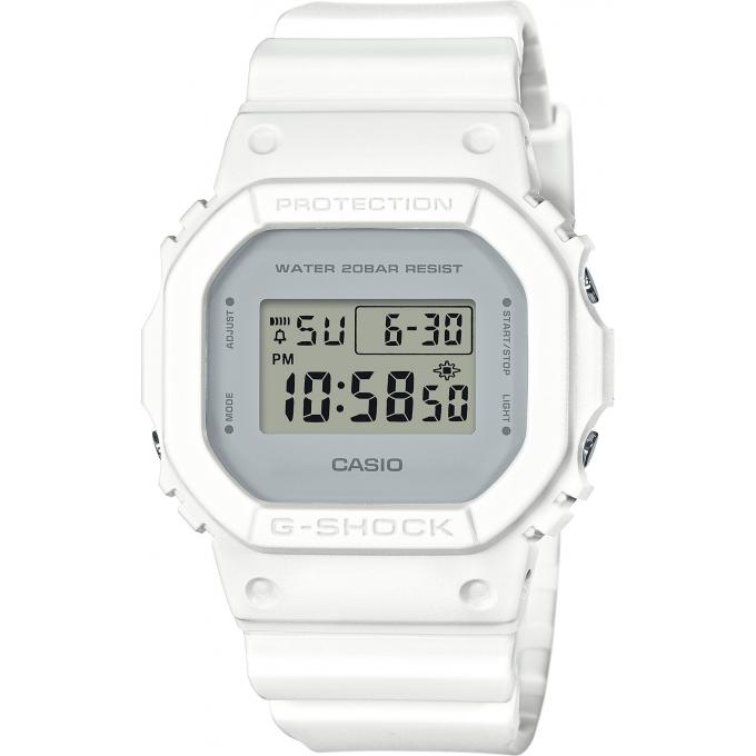 montre casio g shock dw 5600cu 7er montre multifonctions r sine blanc homme sur bijourama. Black Bedroom Furniture Sets. Home Design Ideas