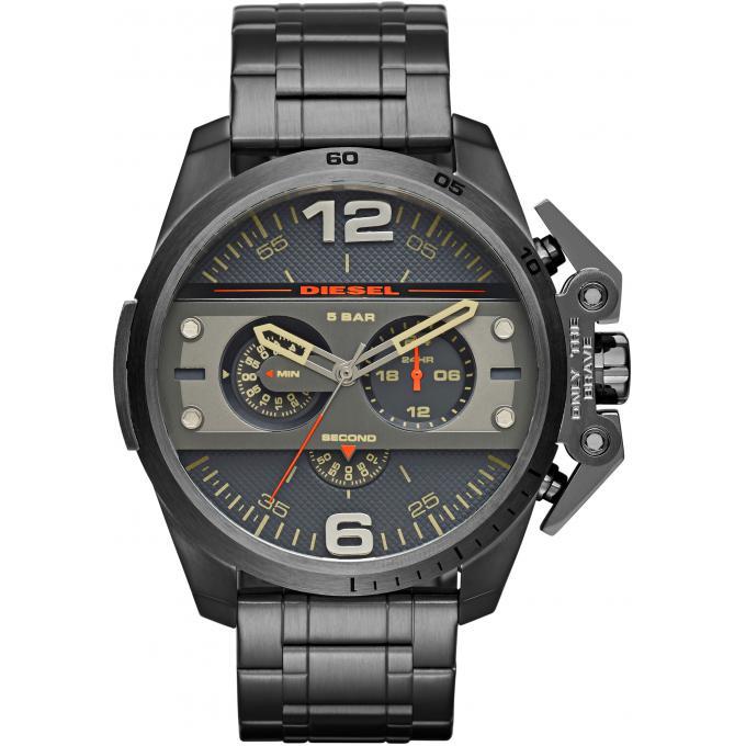 montre diesel ironside dz4363 montre chronographe acier homme sur bijourama montre homme pas. Black Bedroom Furniture Sets. Home Design Ideas