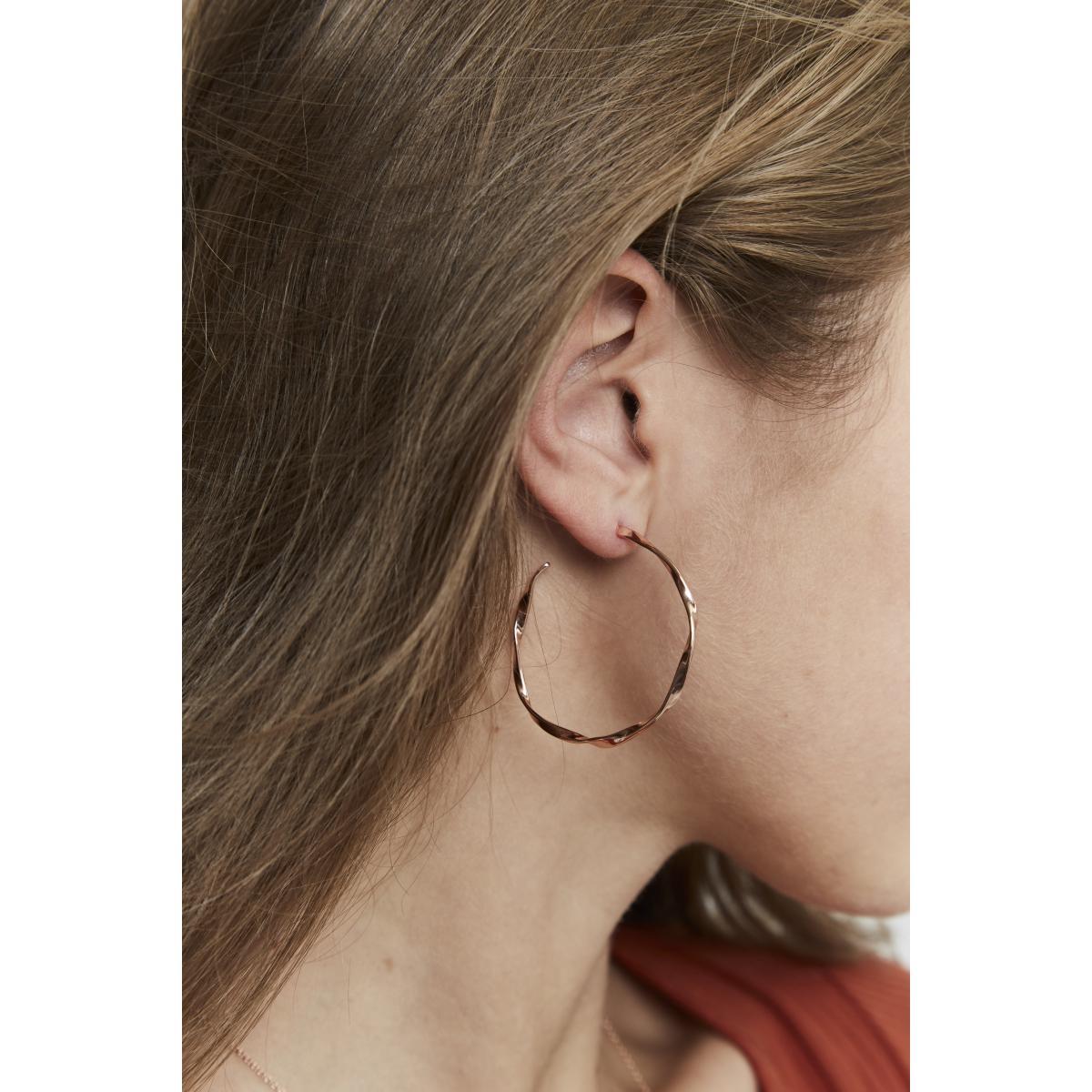 anneaux boucle d'oreille femme
